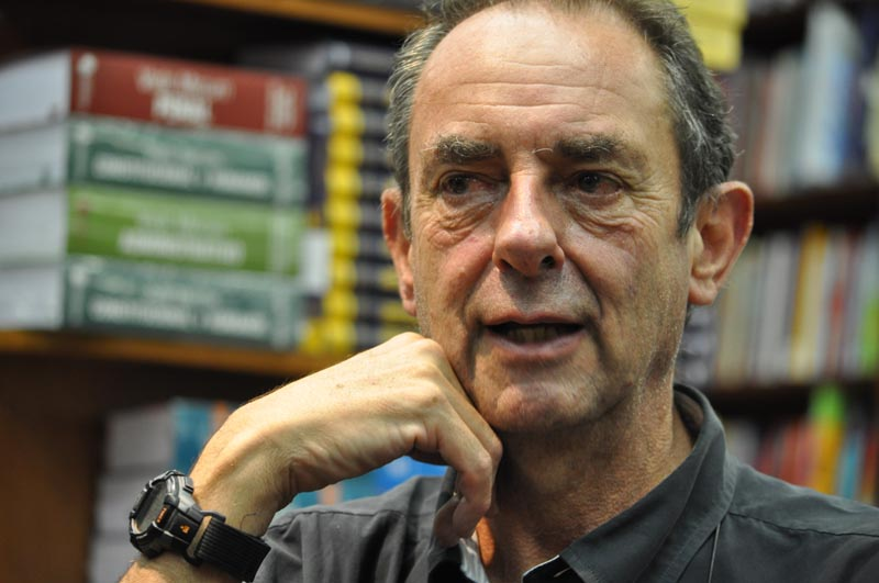 Navegador e escritor fez palestra em São Paulo e atendeu leitores em sessão de autógrafos. Foto: Marcos Júnior Micheletti/Portal TT