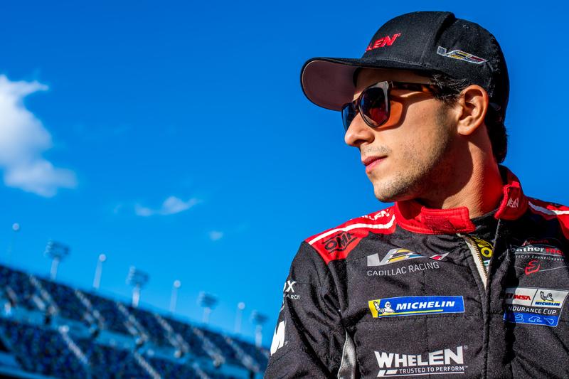 Piloto brasileiro estará em ação neste sábado, no circuito da Flórida. Foto: José Mário Dias