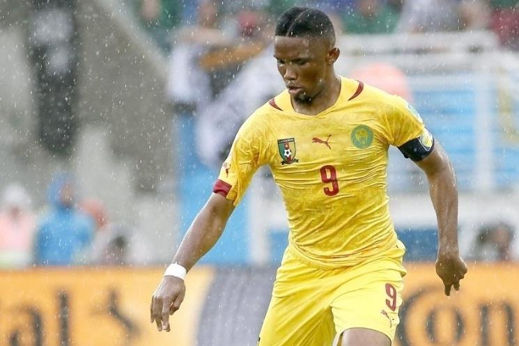 Não houve justificativa oficial para a ausência de Eto'o no treinamento, mas a imprensa camaronesa especulou que pudesse ter sido uma recaída na lesão no joelho