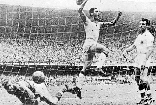 Há 61 anos, no Maracanã, o ponta-direita viveu um grande momento em sua carreira. Foto: Divulgação