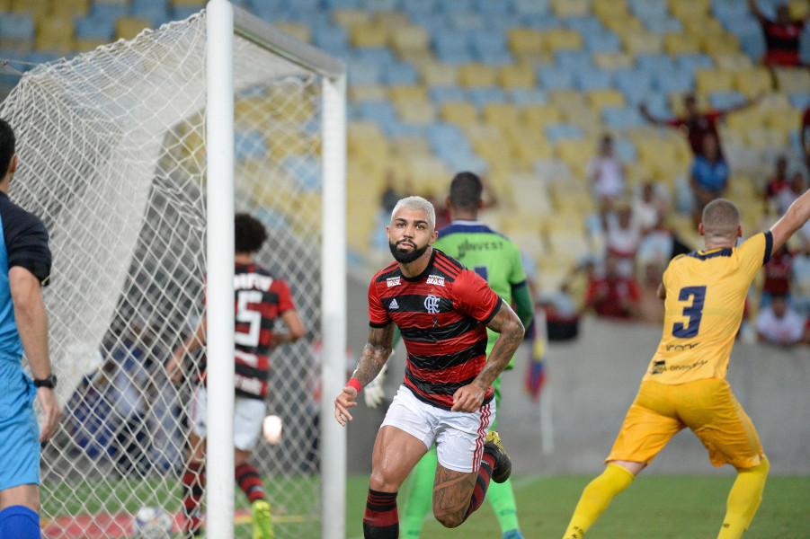Rubro-negro passou pelo Madureira. Foto: Alexandre Vidal/Flamengo