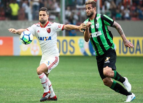 Flamengo usou o time titular, mas não conseguiu vencer em Belo Horizonte