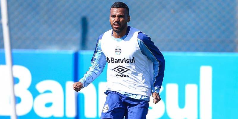Jogador passou por procedimento em seu joelho direito. Foto: Lucas Uebel/Grêmio FBPA