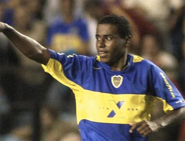 Baiano durante a sua passagem pelo Boca Juniors, em 2005. Foto: Reprodução