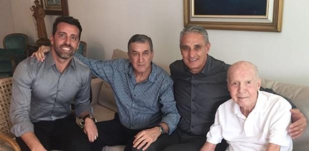 Na companhia de Carlos Alberto Parreira e de Edu, Tite disse que Zagallo é um exemplo