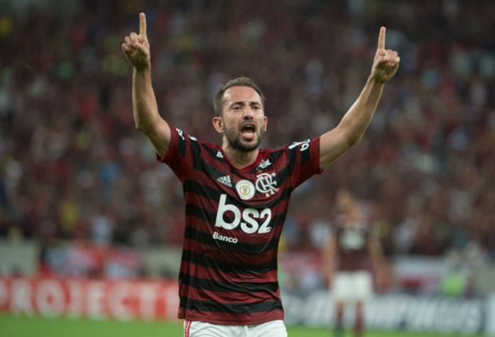 O clube pretende se reunir com o elenco para acertar os salários. (Foto: Flamengo)