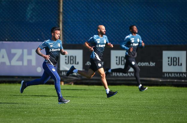 Jogadores seguem com foco na parte física. Fotos: Lucas Uebel / Grêmio FBPA