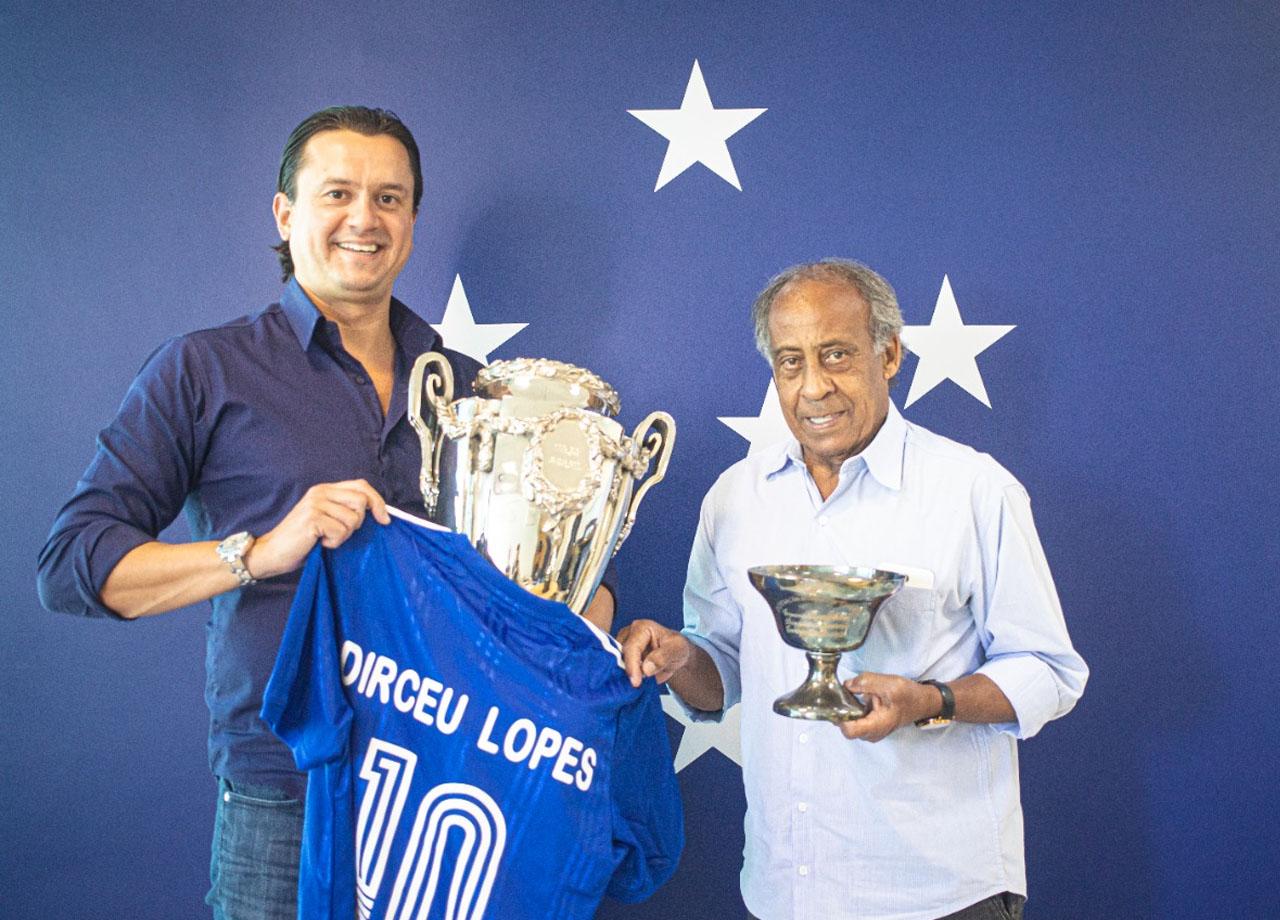 Presidente do clube recebeu o ídolo celeste. Foto: Igor Sales/Cruzeiro