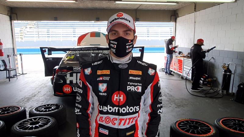 Piloto realizou testes com o carro da equipe RCM em Curitiba. Foto: Divulgação