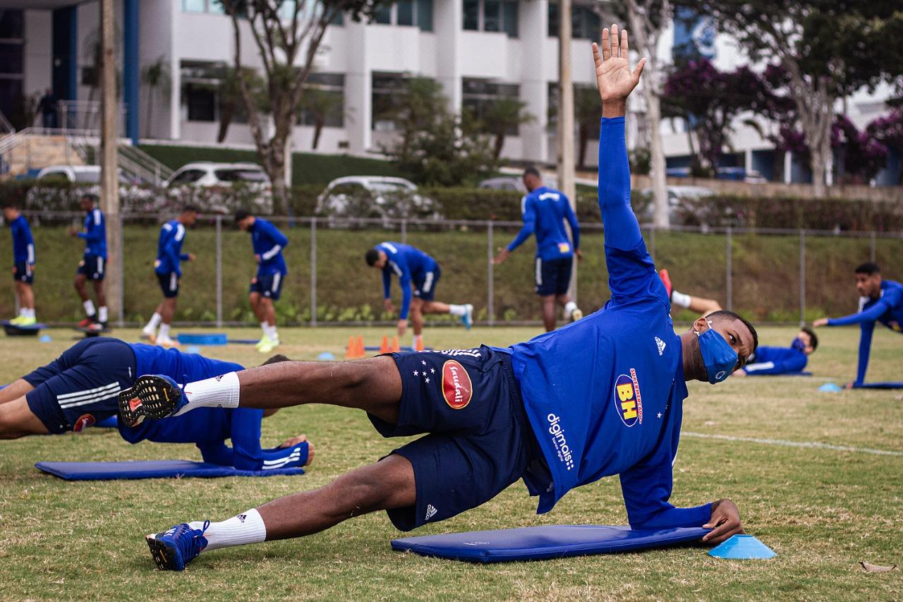 Atacante havia feito exame que teve resultado inconclusivo. Foto: Gustavo Aleixo / Cruzeiro