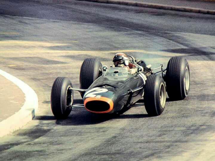 Jackie Stewart venceu o GP de Mônaco há 54 anos, na abertura da temporada. Foto: Divulgação