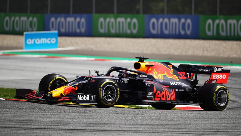 Holandês colocou a Red Bull no topo em Spielberg. Foto: Aston Martin Red Bull Racing