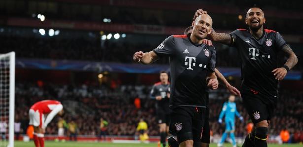 Robben e Vidal marcaram na goleada do Bayern em Londres