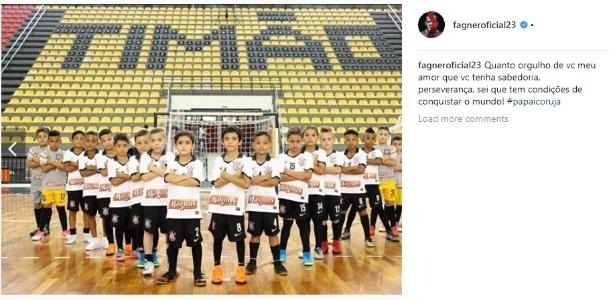 Filho do lateral à frente da equipe sub-8 do futsal do Timão. Foto: Reprodução/Instagram