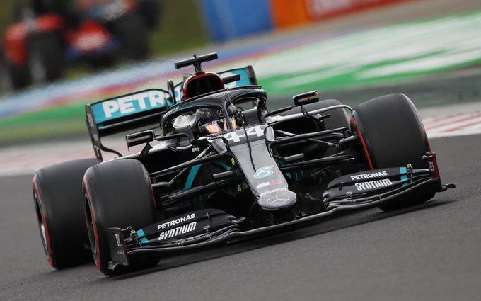 Britânico ganhou em Budapeste pela oitava vez. Foto: AMG-Mercedes F1
