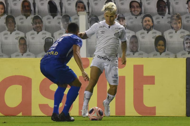 Soteldo foi o autor do gol do Peixe na Vila Belmiro. Foto: Twitter / SFC