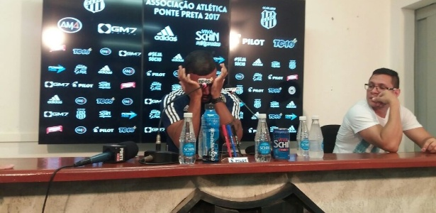 Pottker chora ao falar em coletiva sobre negociação frustrada com o Corinthians