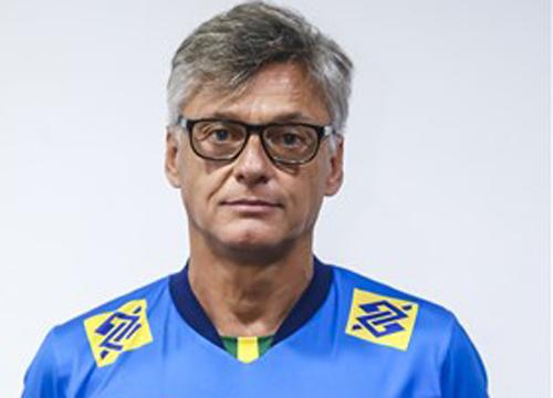 Dirigido por Renan, Brasil é um dos favoritos. Foto: Divulgação/FIVB