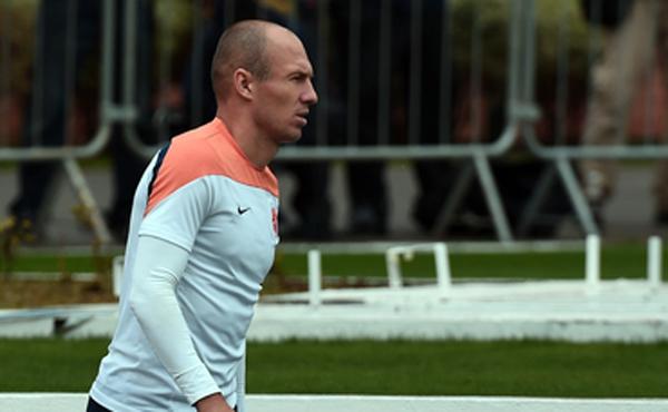 Arjen Robben joga nesta quarta-feira a chance de colocar a Holanda na segunda final seguida de Copa do Mundo
