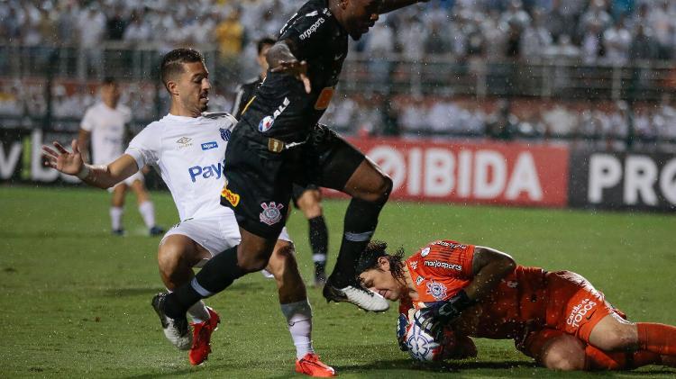 O Corinthians agora espera a definição das datas e horários das finais do Estadual