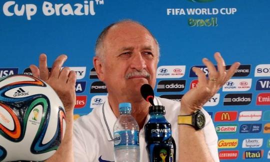 Técnico da Seleção Brasileira age como bedel do próprio fracasso e dá de ombros ao sentimento de toda uma Nação