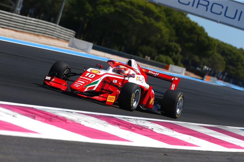 Brasileiro ainda tem mais uma corrida neste domingo. Foto: Divulgação F-Regional Europeia/ RF1