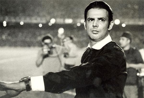 O ex-árbitro Armando Marques morreu na madrugada dessa quarta-feira, dia 16, no Rio de Janeiro, aos 84 anos