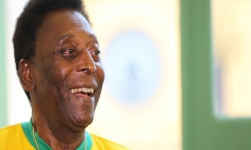 O ex-jogador foi hospitalizado na França e transferido para o Brasil (Foto: UOL)