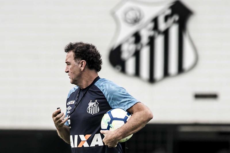 Cuca comanda o Peixe no clássico San-São. Foto: Ivan Storti / Santos FC