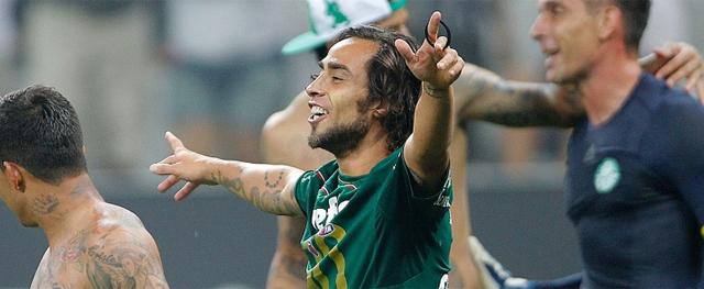 No Verdão de hoje, que finalmente voltou a pensar grande, não existe mais espaço para jogador como o chileno