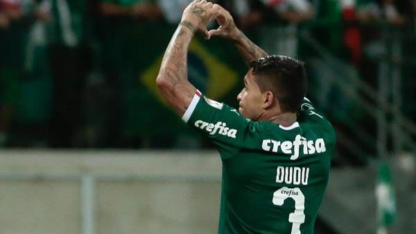 Dudu fez um golaço e deu uma linda assistência contra o Junior pela Libertadores. Foto: Marcello Zambrana/AGIF/Via UOL