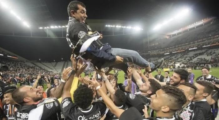Não gosto do Corinthians, nunca gostei. Desde os anos 60!