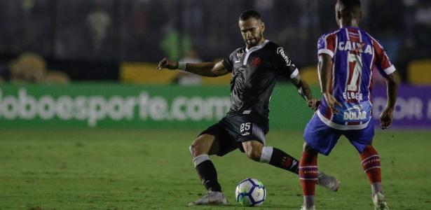 O Bahia, que fez seu gol com Gilberto, perdeu a chance de se afastar de vez do perigo