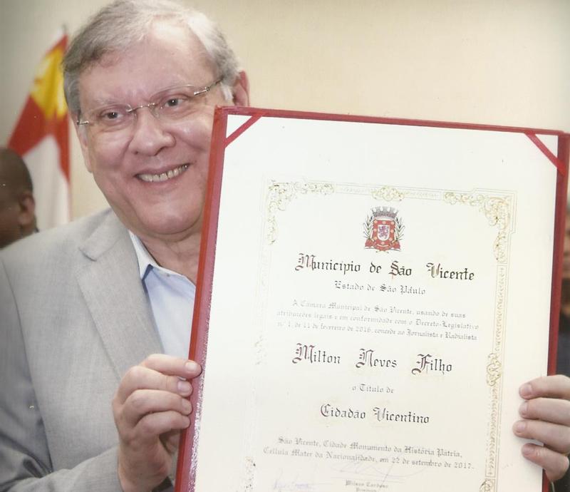 Milton Neves foi homenageado em setembro de 2017 na Câmara Municipal de São Vicente