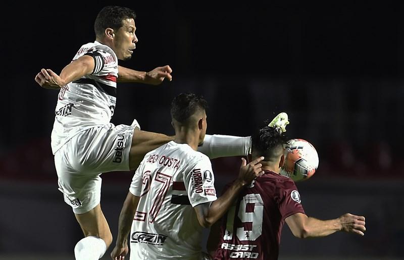 Tricolor precisa vencer o River Plate para ainda ter chances de classificação. Foto: Staff Images/Conmebol