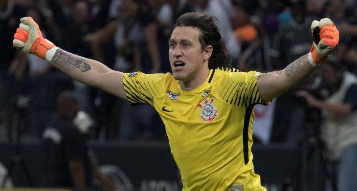 Agora tetracampeão paulista, Cássio se isola na lista dos maiores campeões da história corintiana