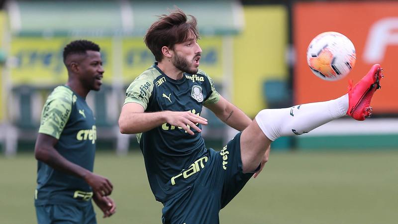 Lateral-esquerdo perderá jogos contra São Paulo, Botafogo e Coritiba. Foto: Cesar Greco