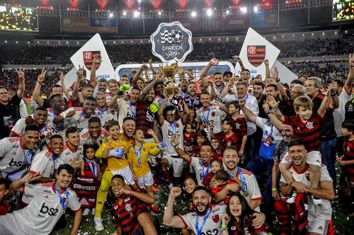 Se ao menos empatar com a LDU garante classificação na Libertadores. Foto: Alexandre Vidal/Flamengo