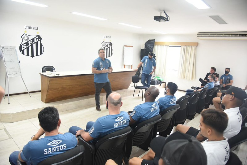 Direção do Peixe encaminhou acerto com o Hamburgo para se livrar de punição da Fifa. Foto: Ivan Storti/Santos FC