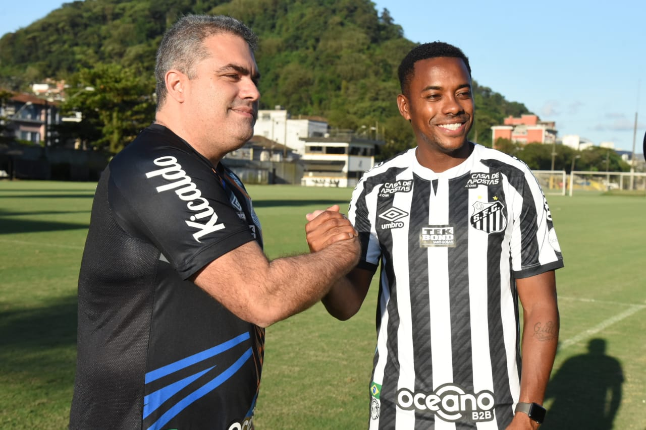 Reforço do Peixe para o Brasileirão, Robinho ainda não tem data para estrear. Foto: Ivan Storti/Santos FC
