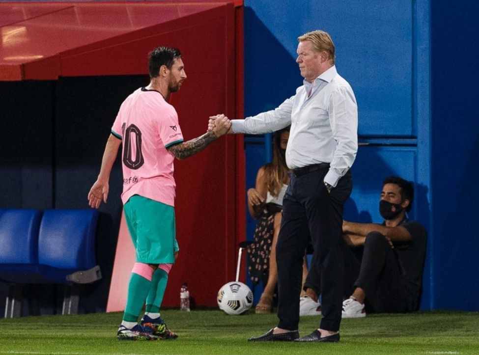 Ronald Koeman explicou que saída de Suárez faz parte do rejuvenescimento da equipe. Foto: Facebook/Reprodução