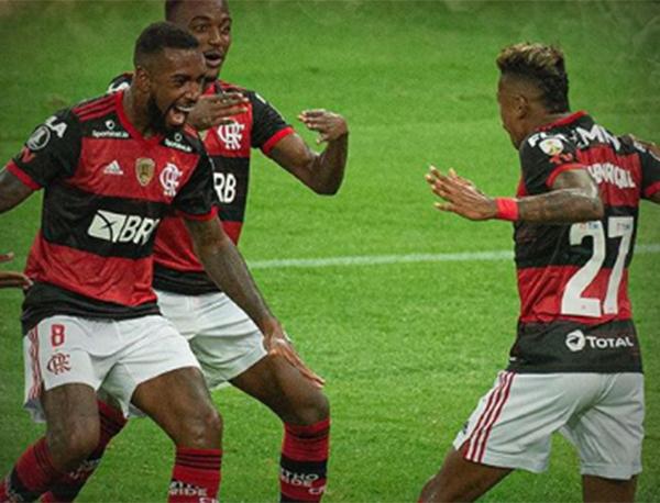 Em sequência pesada de jogos, Mengão pode poupar alguns titulares. Foto: Alexandre Vidal/Flamengo
