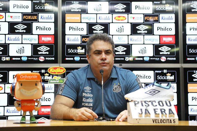 Rollo assumiu o comando do Santos em 29 de setembro. Foto: Ivan Storti/Santos FC
