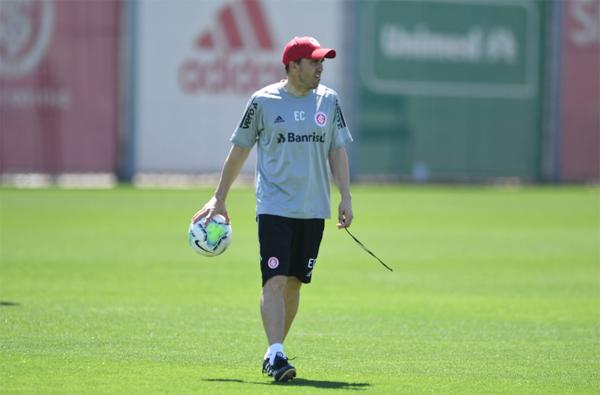 Treinador do Inter demonstra satisfação com desempenho do time. Foto: Ricardo Duarte/Internacional