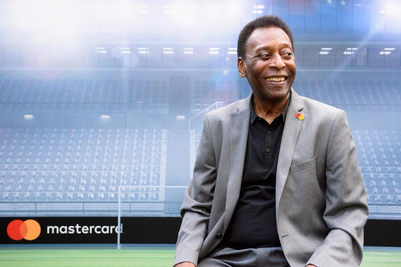 Nos 80 anos do Rei, jogadores e entidades ligadas ao esporte parabenizaram Pelé. Foto: Facebook/Reprodução