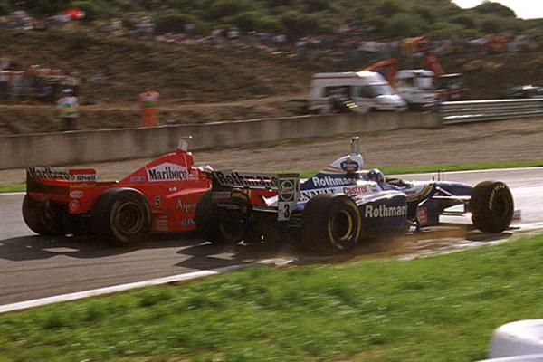 Canadense precisou ter sangue frio para superar a manobra desleal do alemão em Jerez. Reprodução