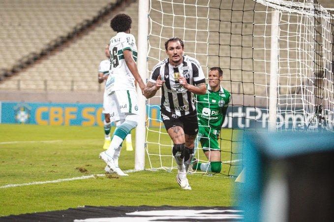 Vinicius marcou o primeiro gol do Vozão. Foto: Felipe Santos  / Ceará SC