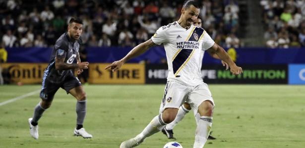 O jogador tem contrato com o Los Angeles Galaxy até o final do próximo ano