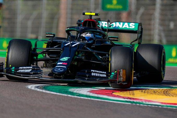 Finlandês foi quase um décimo mais rápido que Hamilton. Foto: Mercedes-AMG F1