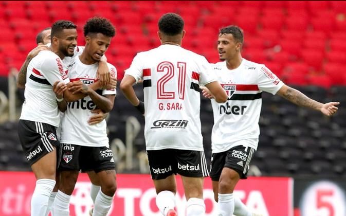 São Paulo venceu o Flamengo por 4 a 1. Foto: Rubens Chiri